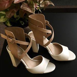 Gianni bini cream color heels size 5.5